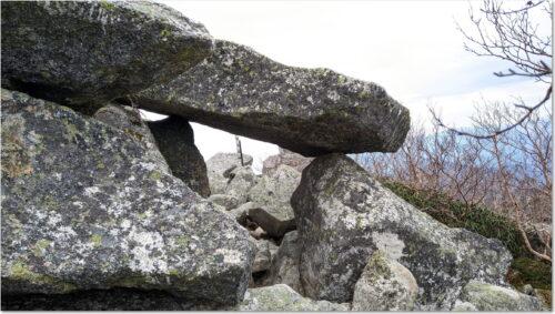 岩のアーチ