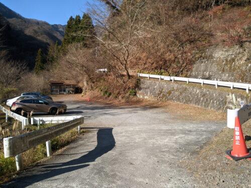日向大谷登山口の無料駐車場